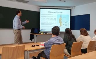 Jose María Presented the Robot Self-tooling concept.